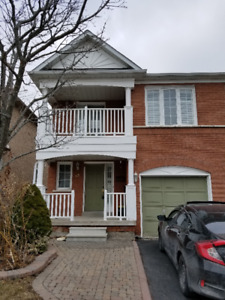 House for lease/ rent in Scarborough