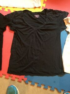 Small & Medium maternity tshirts & shirts London Ontario image 2