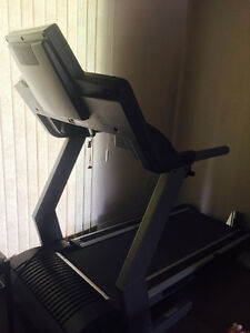 Treadmill - Epic T60