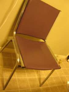 Chairs & desks, only 5 $ per item