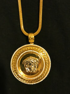 22k Real Gold Versace chain