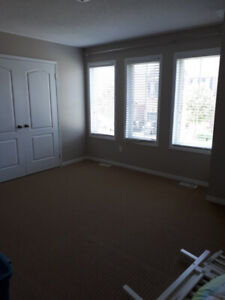 Room for rent in new house (females only)