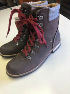 Women's Boots - Size 8