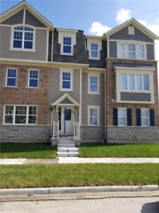 Townhouse For Rent Pickering!