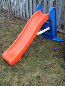 Outdoor slide for toddlers - perfect condition