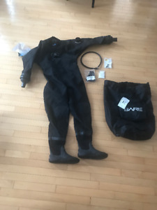 BRAND NEW, TAGS ON: Bare Trilam Pro Drysuit (medium)