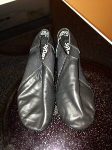 Brand New Jazz shoes Size 12 1/2