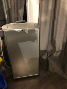 air climatisé portative insignia 14 000 BTU