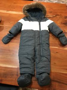 HABIT DE NEIGE - BABY SNOW SUIT - POUR BEBE 3-6 MOIS COMME NEUF
