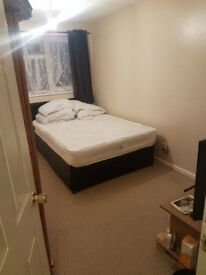 Double room, with own bathroom, all bills included