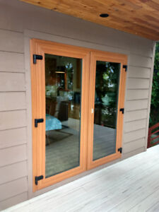 EURO-LINE 4600 SERIES GLASS FRENCH DOORS WITH SIDE PANELS