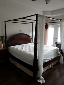 4 POSTER KING BOMBAY BED