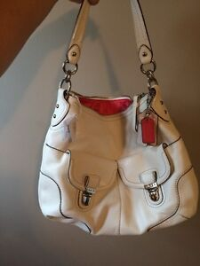 BRAND NEW COACH LEATHER HANDBAG