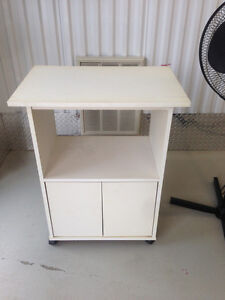 Microwave stand $20 delivery available 902-210-0835