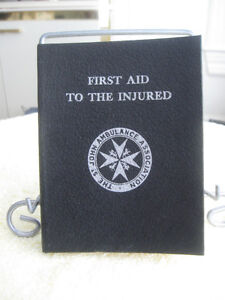 OLD '59 VINTAGE HARD-COVER ST. JOHN AMBULANCE FIRST AID BOOK
