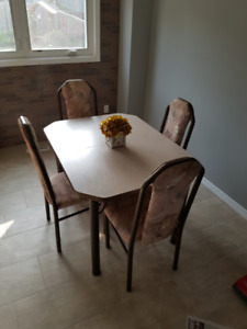 Kitchen Table + 6 Chairs For Sale - $75