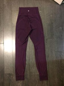 Women's Lululemon Yoga Pants