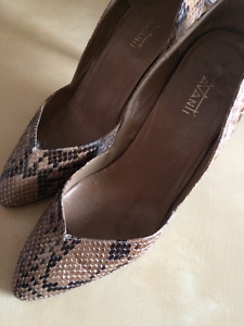 Vintage Snakeskin Kitten Pumps