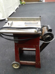 table saw, scroll saw,router, sander / yard sale