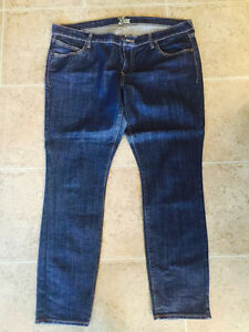 2 pairs size 16 old navy jeans7807573738