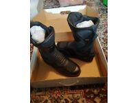 Brand New, Unworn & Boxed Weise Black Leather Mens Motorcycle Boots, Size 9, £50.00 NO OFFERS!!!