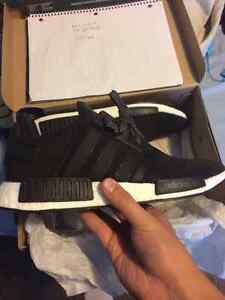 Adidas NMD_R1 Core black Blue stripe