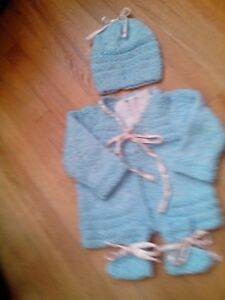Hand knit Sweater set 3 mths – girls sparkly Blue/pink ribbon