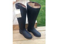 Size 5 brand new horse riding boots
