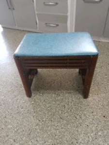 Vanity bench