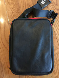 PKG Tablet Bag Cambridge Kitchener Area image 3
