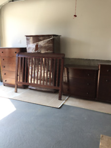 Infant to child bedroom set