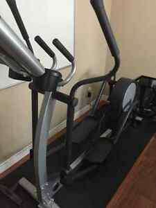 Life Fitness Elliptical Cambridge Kitchener Area image 3