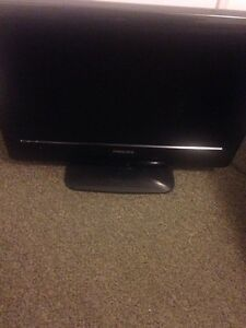 19 INCH PHILLIPS FLAT SCREEN TV/ MONITOR MINT 65 OBO