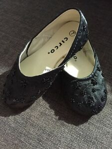 Beautiful beaded flats Size 7 - worn once!