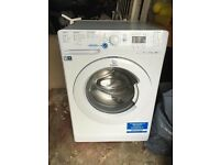 Indesit Washing Machine 9kg 1600spin Brand new! Only used 10 times!