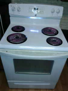 KENMORE SELF EANING STOVE