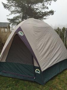 Escort brand water resistant lightweight tent