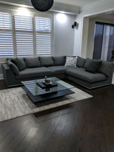 Sofa couch sectional like new, coffee table and rug