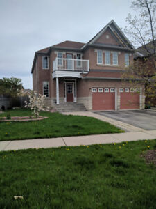5BR, 4WR Detached For Rent In Churchill Meadows, Mississauga