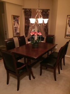 7 Piece Dinning Set   Dinning Table