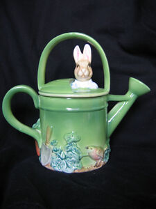 "SCHMID ""PETER RABBIT IN WATERING CAN"" MUSICAL"