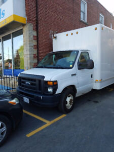 2010 Ford E450 Super Duty Cube Van