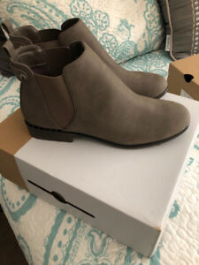 Spring Ankle Boots - Sz 8