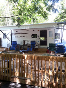 Pine Lodge Camping (Bristol ,Qc  )