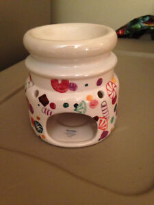 BRAND NEW!  Candle Warmer