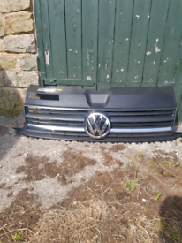 VW T6 Transporter Upper Grill