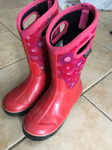 Girls Bogs Boots Size 5 US