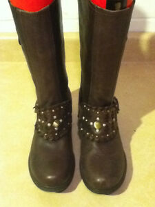 Women's Marie Passion Tall Brown Leather Boots Size 6.5 London Ontario image 2