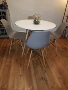 Eiffel white dining table and four chairs