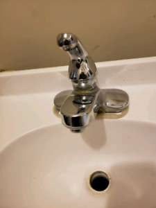 Vanity & Faucet